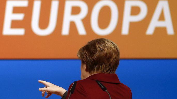 Merkel: a menekülthullámot nem visszaverni, hanem megfékezni kell