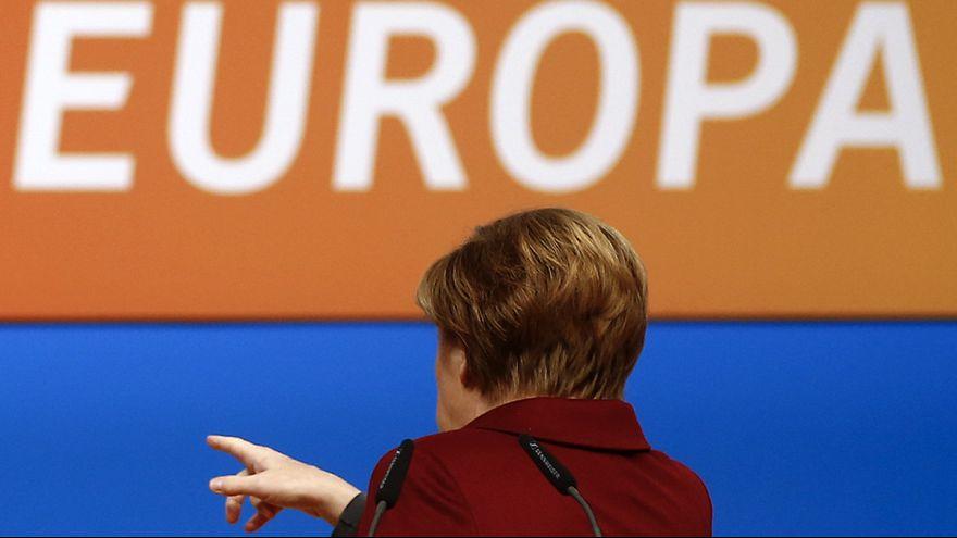 "Merkel unter Druck: CDU will ""spürbar"" weniger Flüchtlinge"