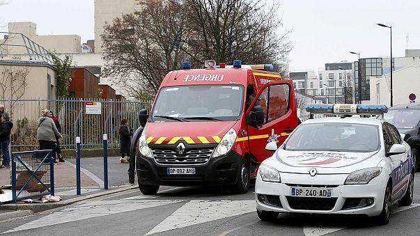 France : le parquet antiterroriste saisi après l'agression à l'arme blanche d'un instituteur