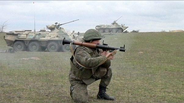 Las cuotas de venta de armas en EEUU y Europa Occidental bajaron un 1,5% en 2014 frente al aumento de la industria rusa