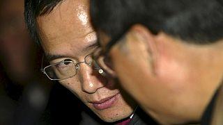 Presidente da Fosun reaparece em público, ações afundam