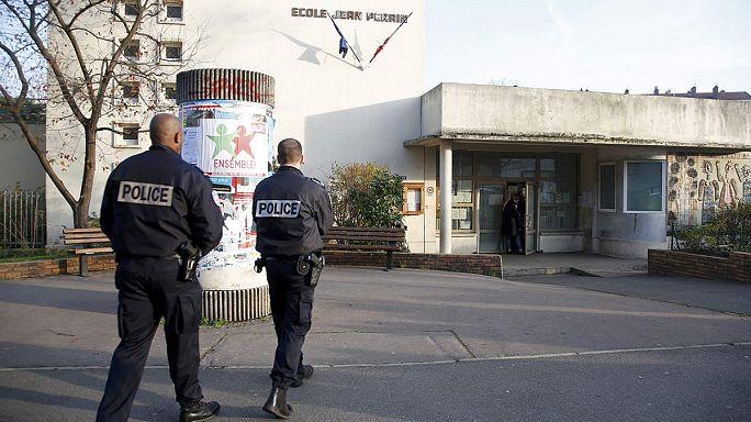 طعن مدرس فرنسي والمعتدي يذكر تنظيم داعش
