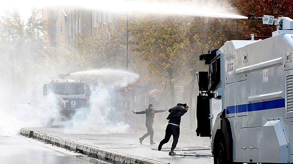 Диярбакыр: двое убитых в ходе акции протеста против комендантского часа