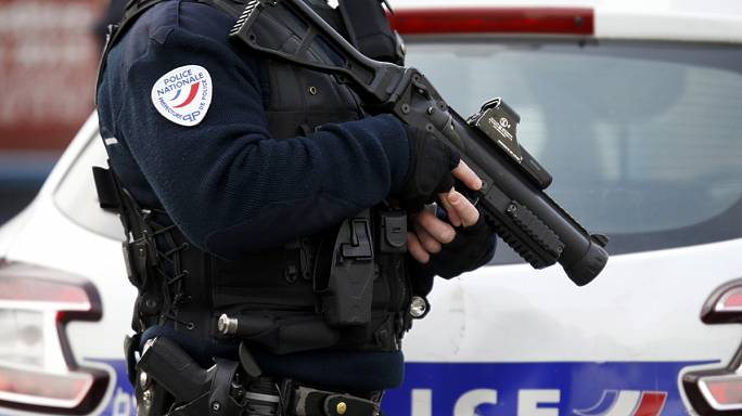 Teacher retracts ISIL accusation in Paris nursery school stabbing