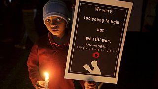 Армия Пакистана почтила память пешаварских школьников песней-реквиемом