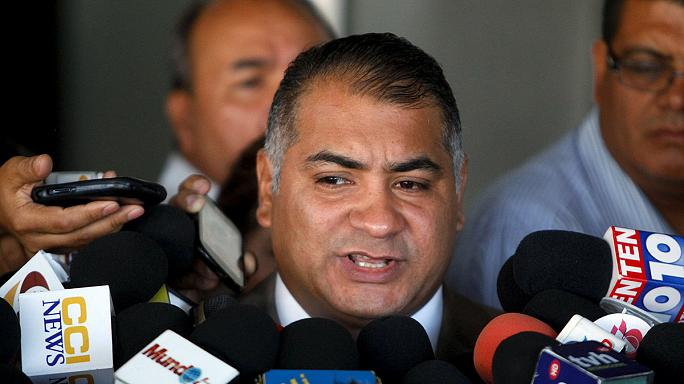 رافائيل كاليخاس يسلم نفسه إلى السلطات الأمريكية