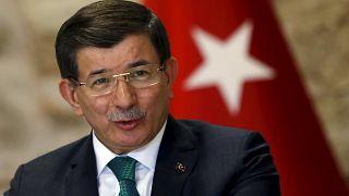 Crise Russie/Turquie: Davutoglu entre le chaud et le froid