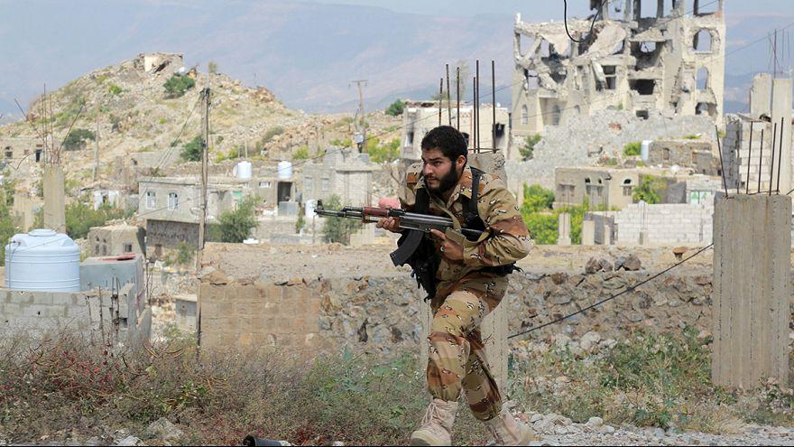 Jemen: életbe lépett a tűzszünet