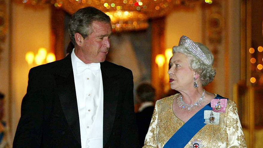 Image: President George W. Bush met the queen in 2003 despite anti-Iraq war