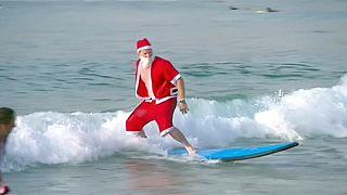 Austrália: Pais Natal surfistas!