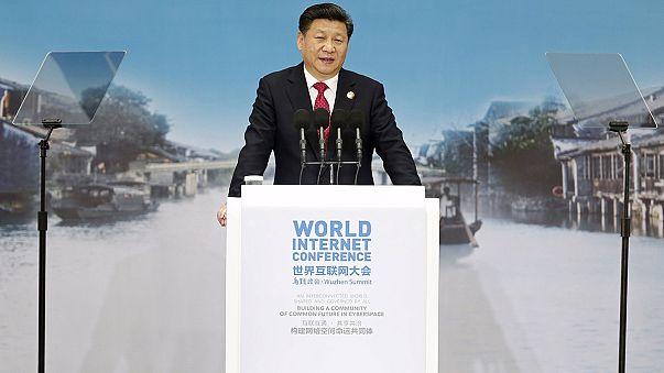 """El presidente chino defiende la censura en Internet en nombre de la """"libertad"""""""