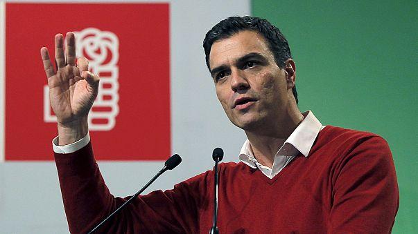 """Espanha: Pedro Sanchez, """"o bonitão"""" que quer dar a vitória ao PSOE"""