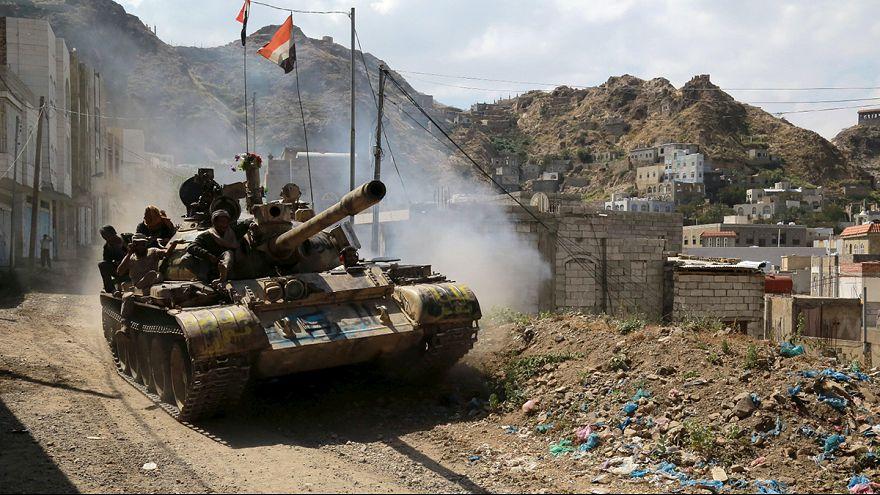 Nuevos enfrentamientos en el Yemen hacen peligrar el alto el fuego