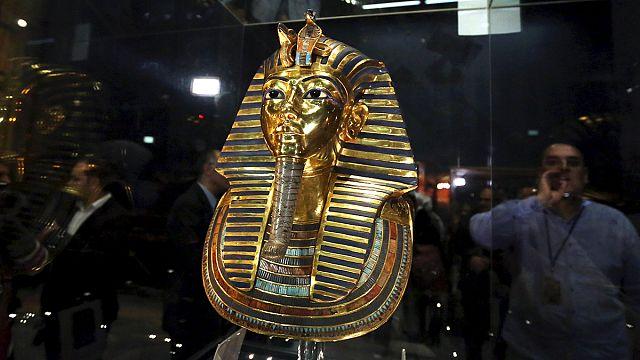 """Египет: Тутанхамону """"приклеили"""" бороду правильно"""