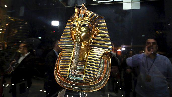 Újra látható Thutankhamon fáraó maszkja
