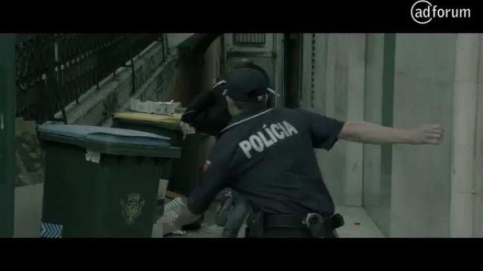 Being a policeman (Polícia de Segurança Pública)