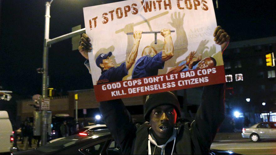 Baltimore sous tension après l'annulation du procès d'un policier accusé du meurtre d'un Noir