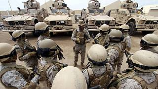دردسر تازه کامرون؛ شکایت از دولت بریتانیا بابت ارسال سلاح به عربستان