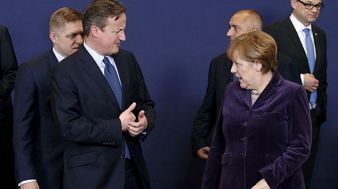 'Make or break' Brexit and migration talks progress, but hard path ahead