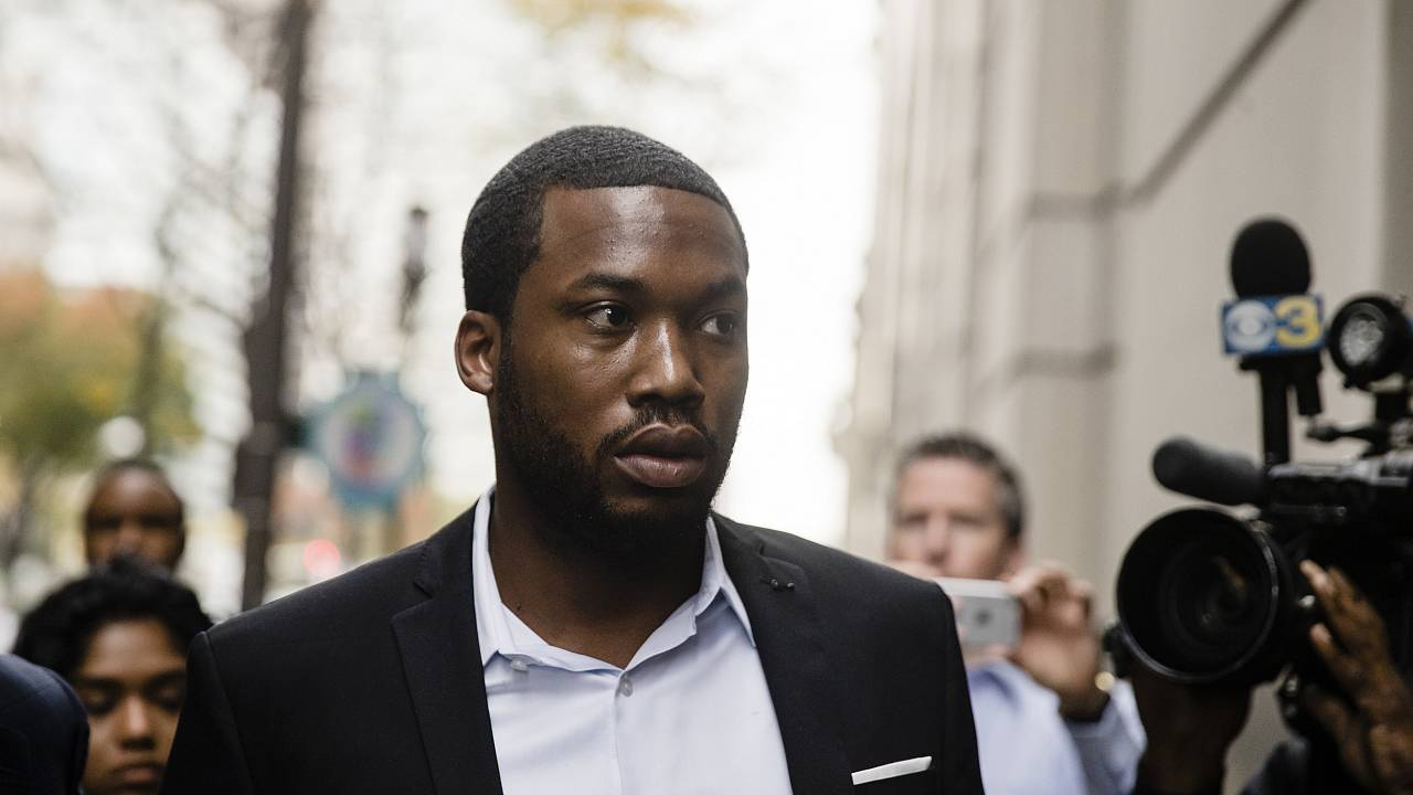 Rapper Meek Mill arrives at the criminal justice center in Philadelphia