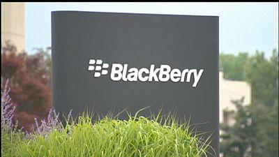 Blackberry réduit ses pertes et remonte la pente