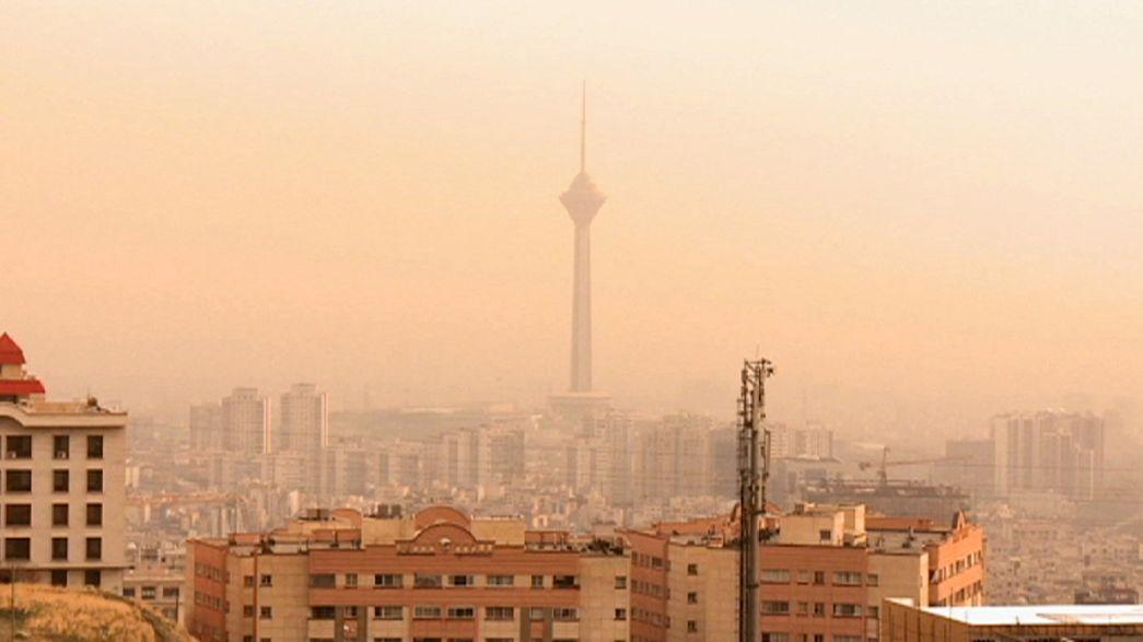 Habitantes de Teerão sofrem com poluição do ar