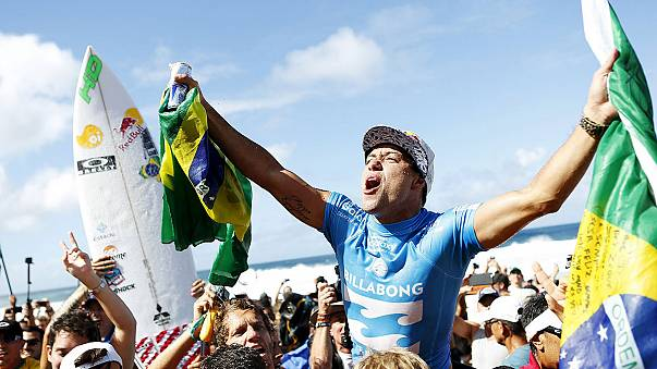 Pipe Masters'ta zafer Adriano de Souza'nın