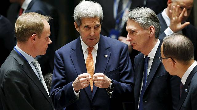 L'accord des grandes puissances sur un plan de paix en Syrie