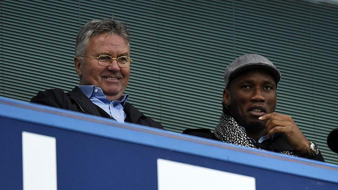 Küme düşme hattındaki Chelsea Guus Hiddink'e emanet