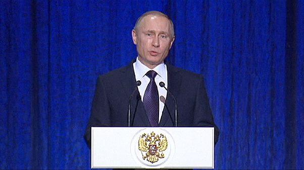 """Poutine : """"la Russie est loin d'utiliser toutes ses forces en Syrie"""""""