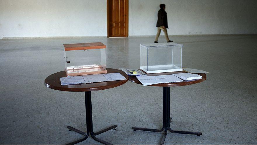 Parlamentswahlen in Spanien haben begonnen - Ausgang komplett offen