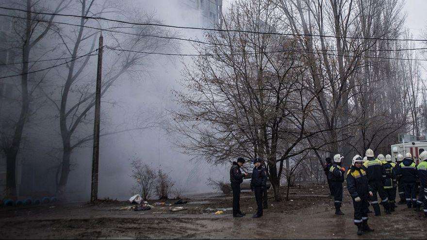 Rusya'da doğalgaz patlaması 9 katlı apartmanı yerle bir etti