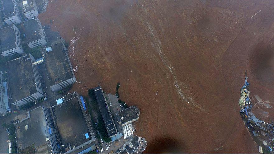 Cina: frana provoca esplosione, molti dispersi