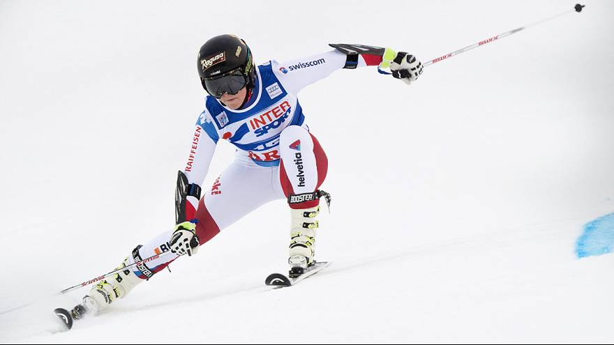 Lara Gut y Marcel Hirscher se colocan líderes en la Copa del Mundo de esquí alpino