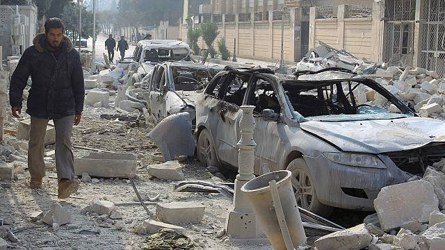Szörnyű légicsapások a szíriai Idlibben