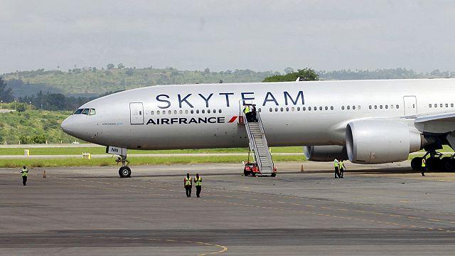 توقيف مشتبه بالتسبب بالهبوط الاضطراري لطائرة إيرفرانس في كينيا