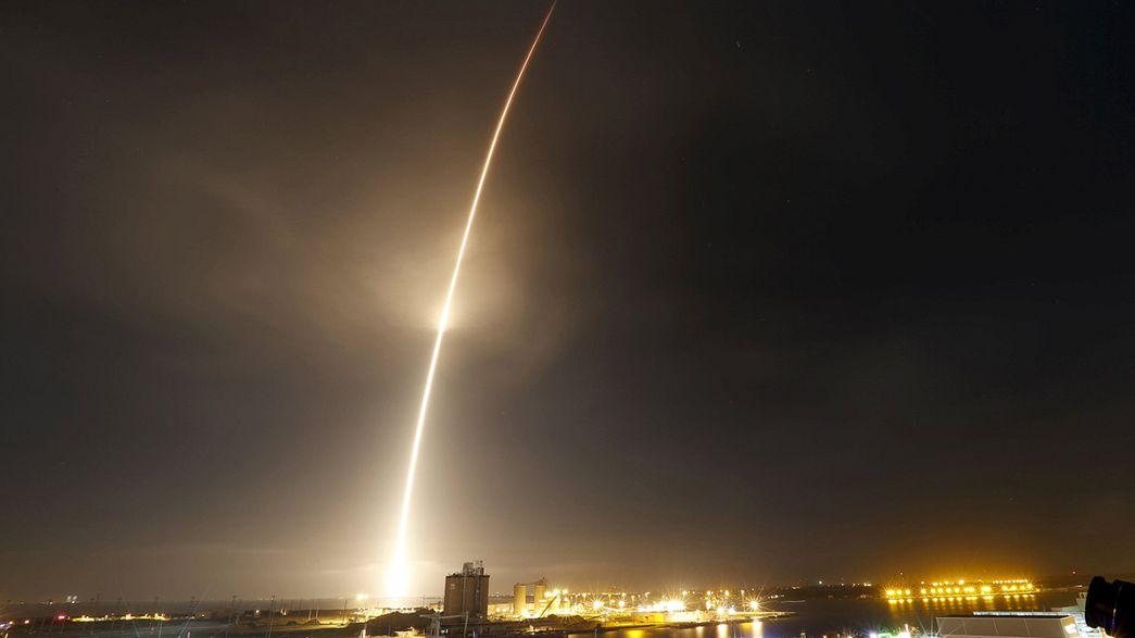 Space X realiza el primer vuelo espacial comercial con un cohete reutilizable