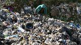 Lübnan'da bakanların gündeminde çöp sorunu var