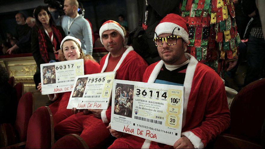 В Испании проводится традиционная рождественская лотерея