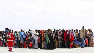 Flüchtlinge und Migranten: Mehr als eine Million Menschen kamen 2015 in die EU