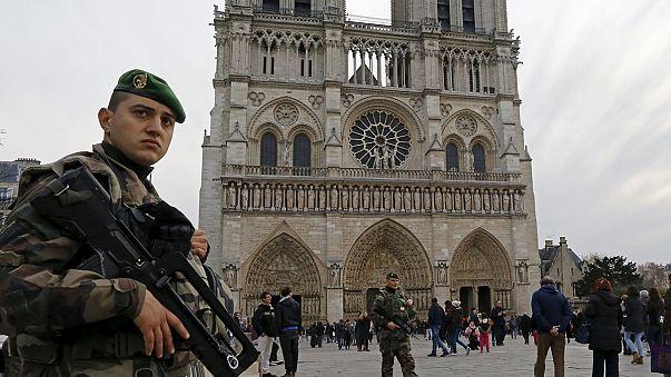 Karácsonyi terrortámadástól tartanak a francia templomokban