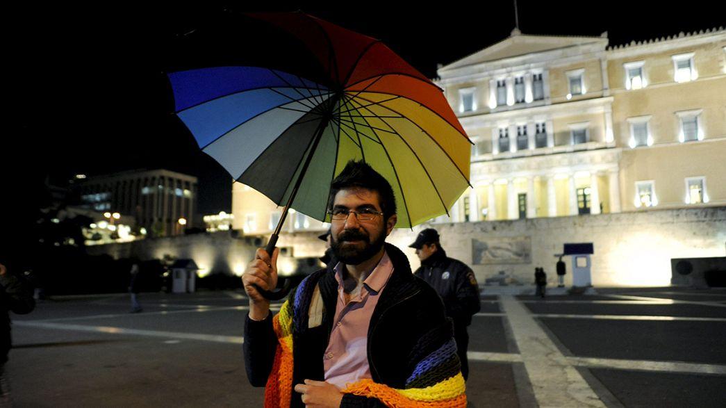 Grécia aprova união civil para casais homossexuais