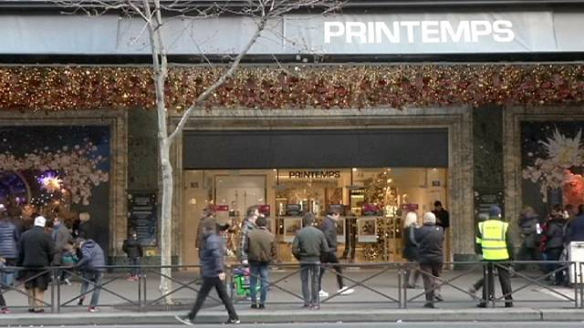 European retailers strike early with sales after autumn disappoints