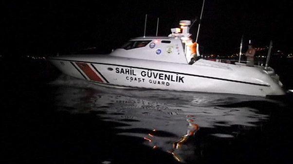 غرق شدن قایق حامل گروهی از پناهجویان در آبهای اطراف ترکیه