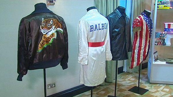 Les gants de Rocky et la veste de Rambo aux enchères