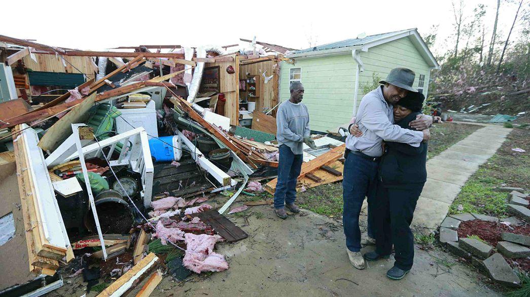 Mississippi dichiara lo stato d'emergenza per i tornado
