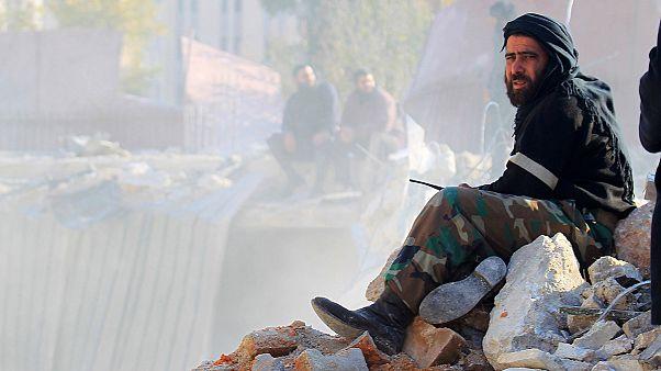 خروج اعضای داعش و خانواده هایشان از اردوگاه یرموک با میانجیگری سازمان ملل
