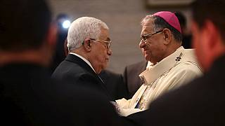 مئات المسيحيين الفلسطينيين والسياح احتفلوا بعيد ميلاد السيد المسيح في كنيسة المهد