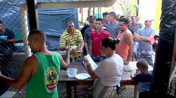 Кубинские мигранты остаются в Коста-Рике