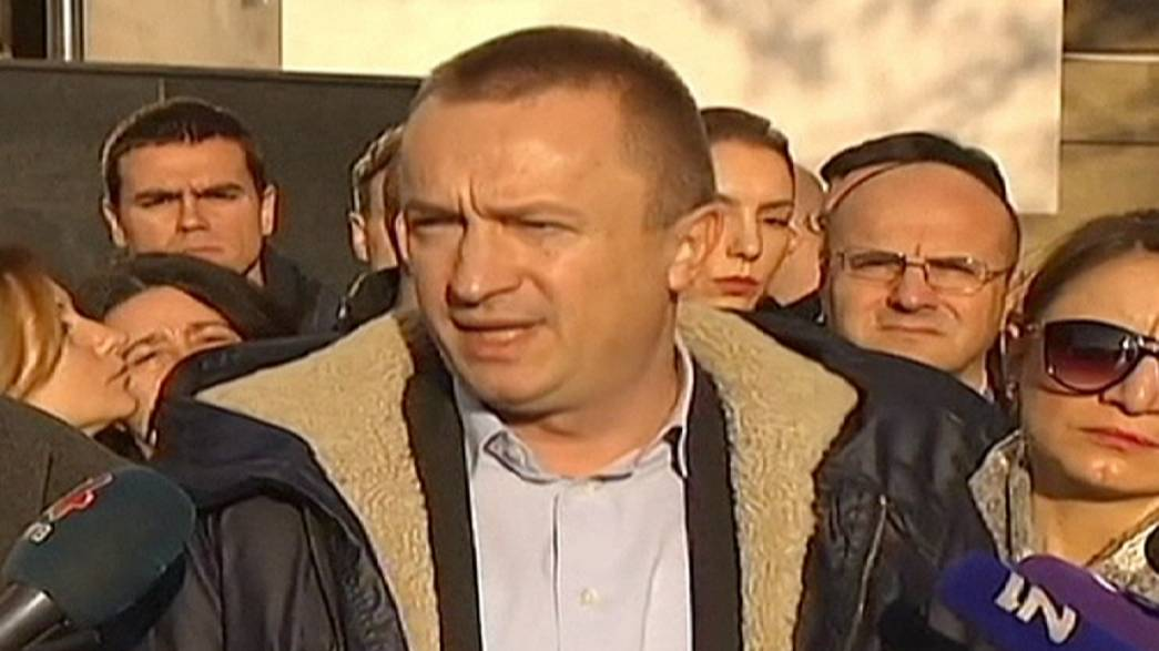صربيا تعتقل 79 شخصا من ضمنهم وزير سابق في قضية فساد